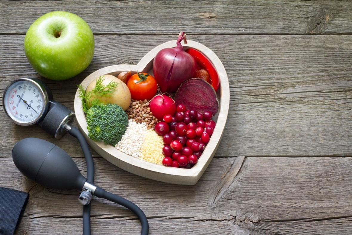 خبرنگاران بیماران کرونایی از مواد غذایی خانگی استفاده کنند