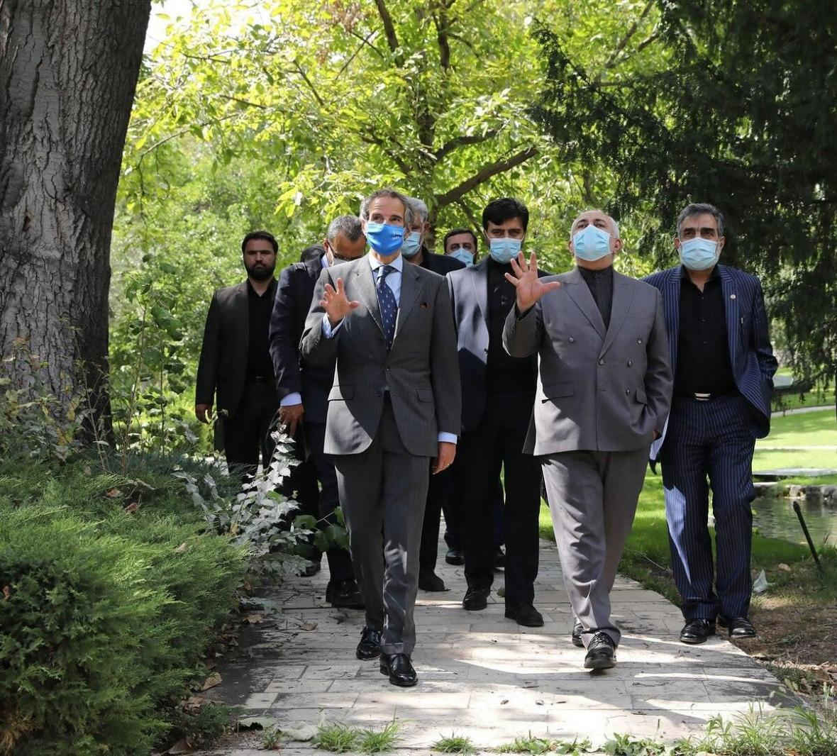 خبرنگاران ظریف: خواهان روابط عادی با آژانس انرژی اتمی هستیم