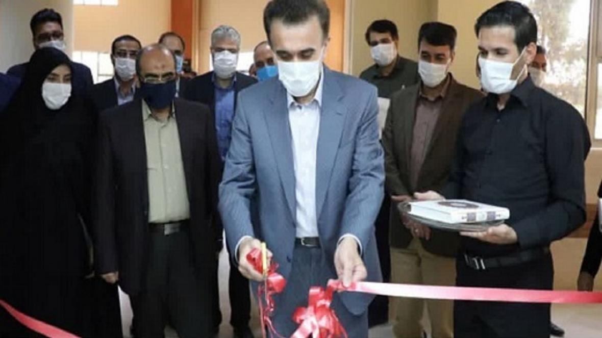 سالن آزمون های الکترونیک دانشگاه علوم پزشکی قم افتتاح شد