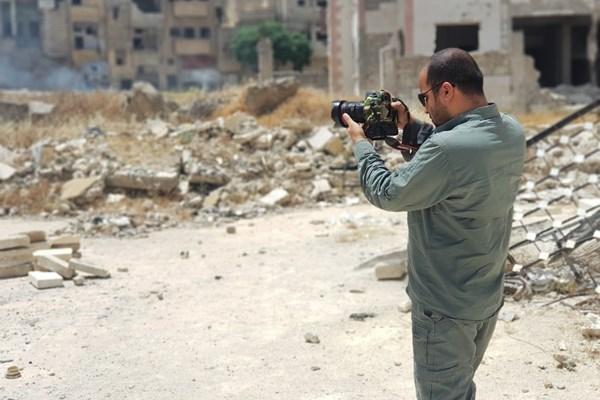 پشت پرده جنگ سوریه در چرا سوریه ، سختی های تولید یک مستند برای جشنواره عمار