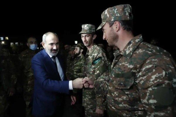 وزارت دفاع ارمنستان خواهان عدم دخالت ارتش در سیاست شد
