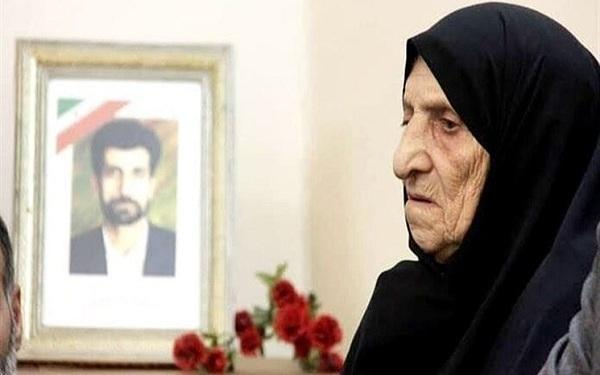 مادر شهید محمود صارمی به دیار حق شتافت خبرنگاران