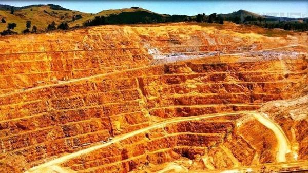 اکتشافات معدنی مس در 6 منطقه اهر و هریس